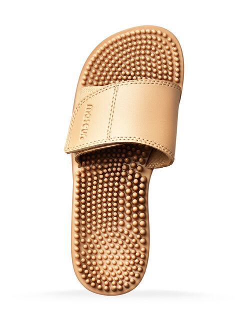 c9eabeff073b35 Maseur Invigorating Massage Sandal Beige Size 4